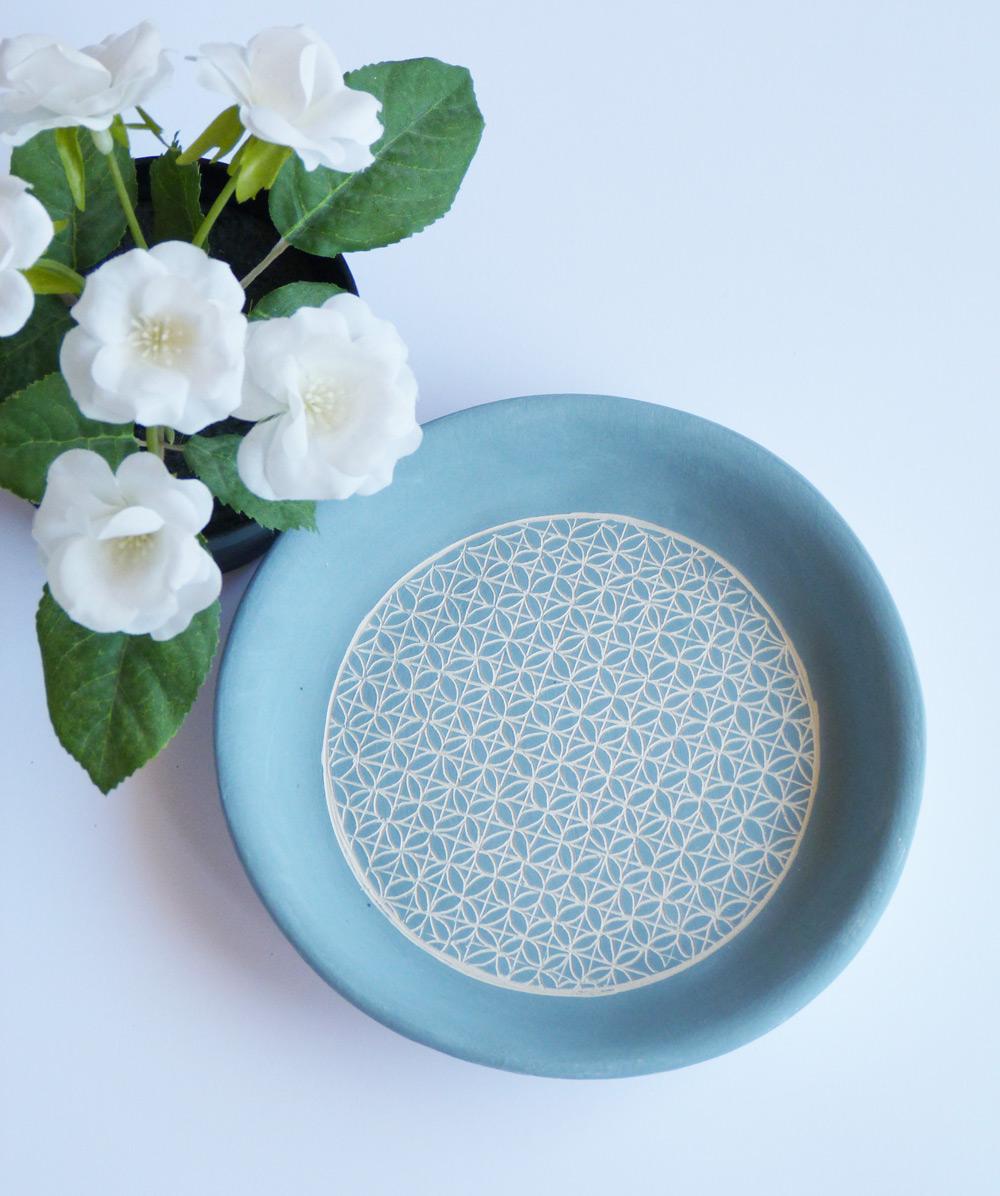 piatto tondo in ceramica artigianale