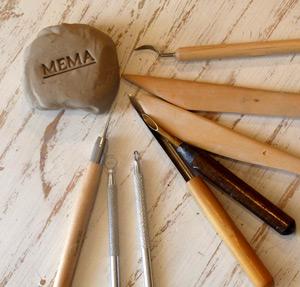 strumenti di lavoro per ceramica artigianale