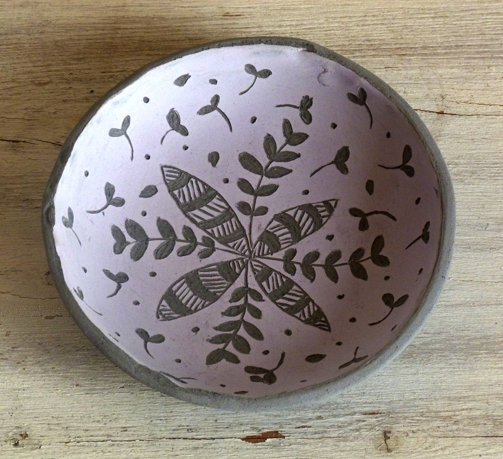 ciotola ceramica artigianale design moderno bordo irregolare